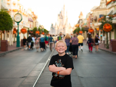 Travel Tuesdays- How I got an empty Magic Kingdom for family photos!