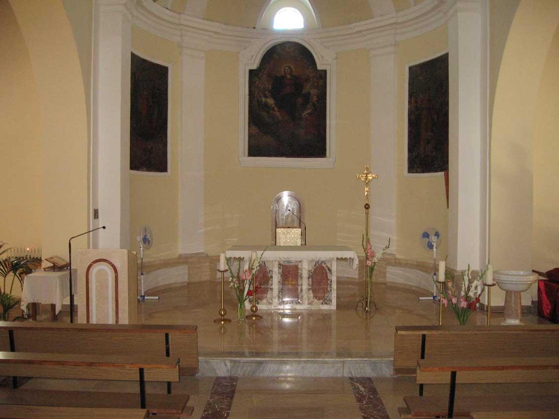 foto 3_interno_presbiterio