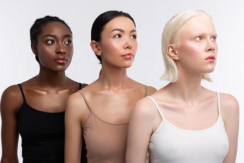 64501 Three Women.jpg
