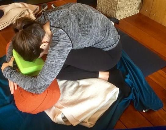 Gluts yoga 3.jpg