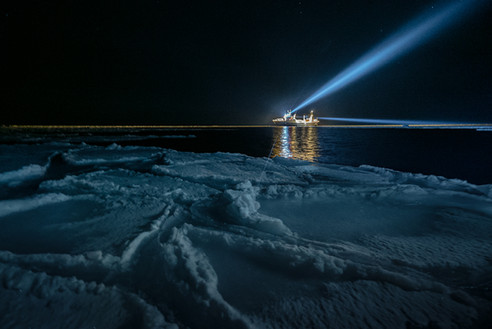 PolarNightSony304.jpg