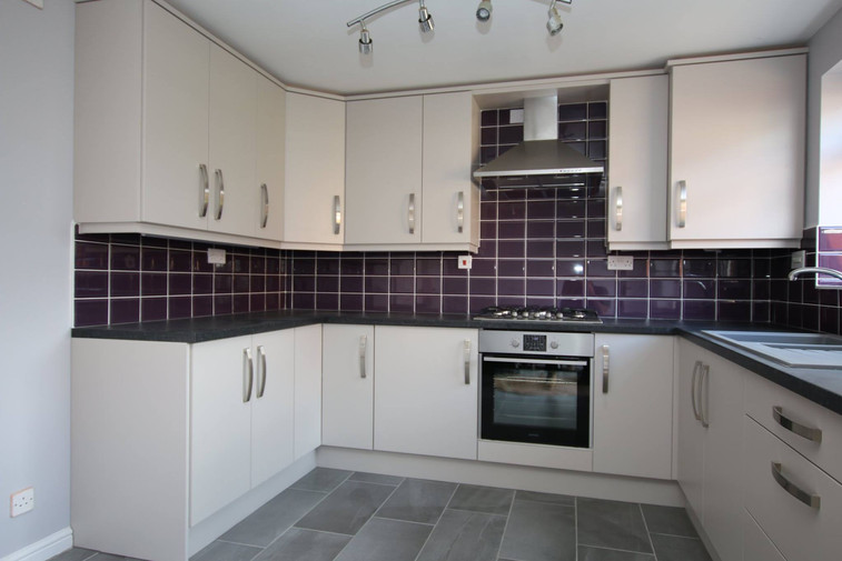 CASHEMERE KITCHEN SUPPLIED & FITTED BY ROYALE CUISINES