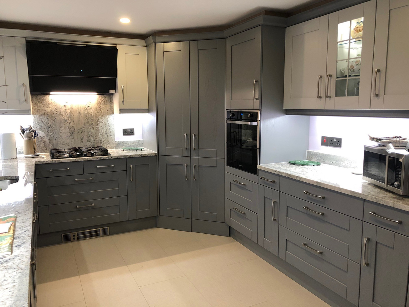 DUST & LIGHT GREY KITCHEN SUPPLIED & FITTED 2019