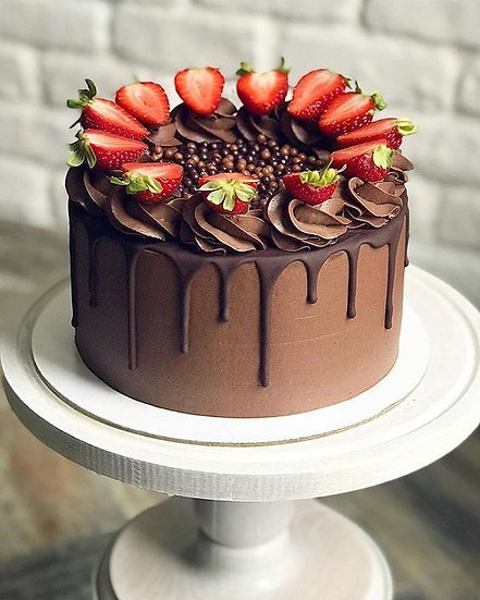 VEGAN 8 Inch Chocolate Strawberry Drip Cake