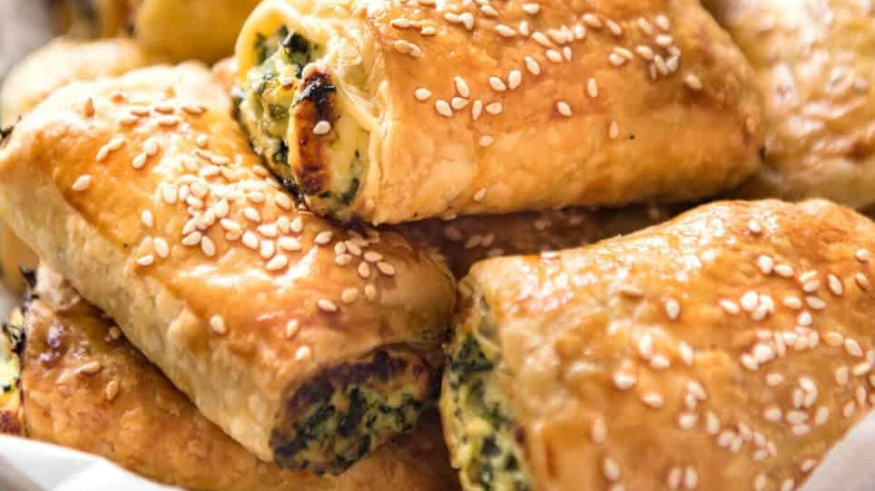 SPINACH and Feta Pastry Rolls OR SPANAKOPITA (4)