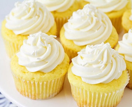 VEGAN Lemon Zest Cupcakes - 6
