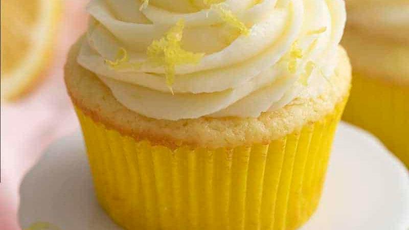 Lemon Zest Cupcakes GIFT Box VEGAN (6)