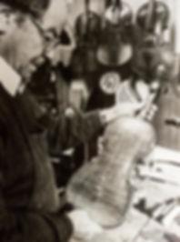 Geigenbau, Tradition, Violine, Fidel, Musikbau, Instrumentenbau, Reparatur, Musikinstrumente, handgemacht in Südtirol, Italien, Algund, seit 1848, Josef Plaschke aus Südtirol, Italien, Algund