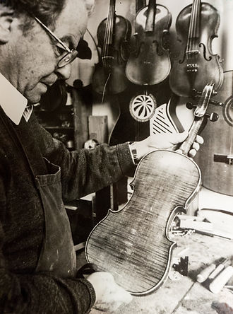 violin making, tradition, violinbuilder, fiddle, music making, instrument making, repair, musical instruments, handmade in South Tyrol, Italy, Algund, since 1848, Josef Plaschke from South Tyrol, Italy, Algund