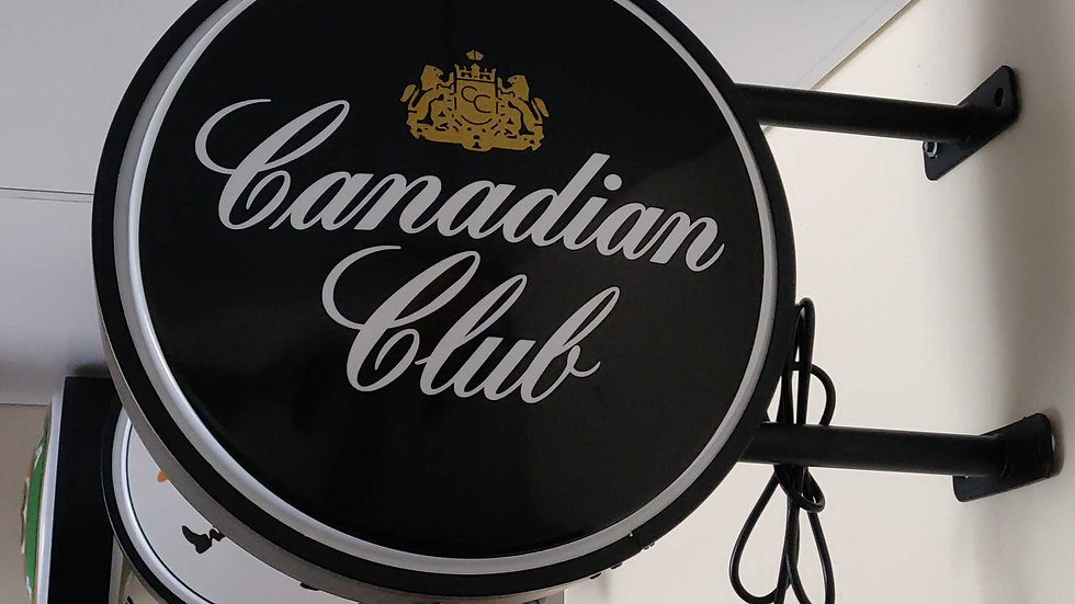 Canadian club Lightbox