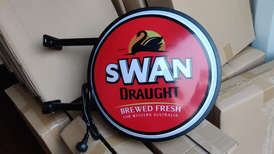 Swan Draught Lightbox