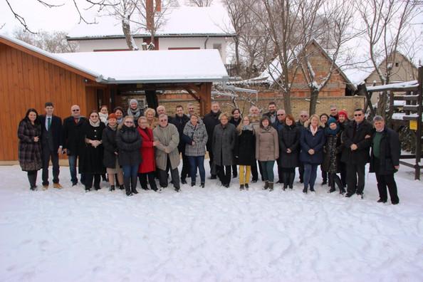Kárpát-medencei magyar Kulturális Fórum / Kulturni Forum Mađara Karpatskog bazena