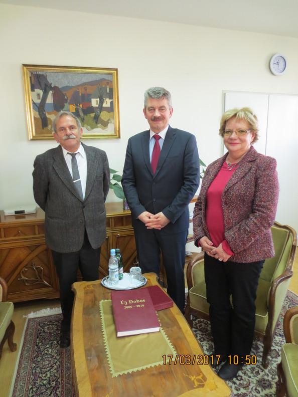 Magyarország nagykövete fogadta a banyalúkai  Magyar Szó egyesület képviselőit /Ambasador Mađarske