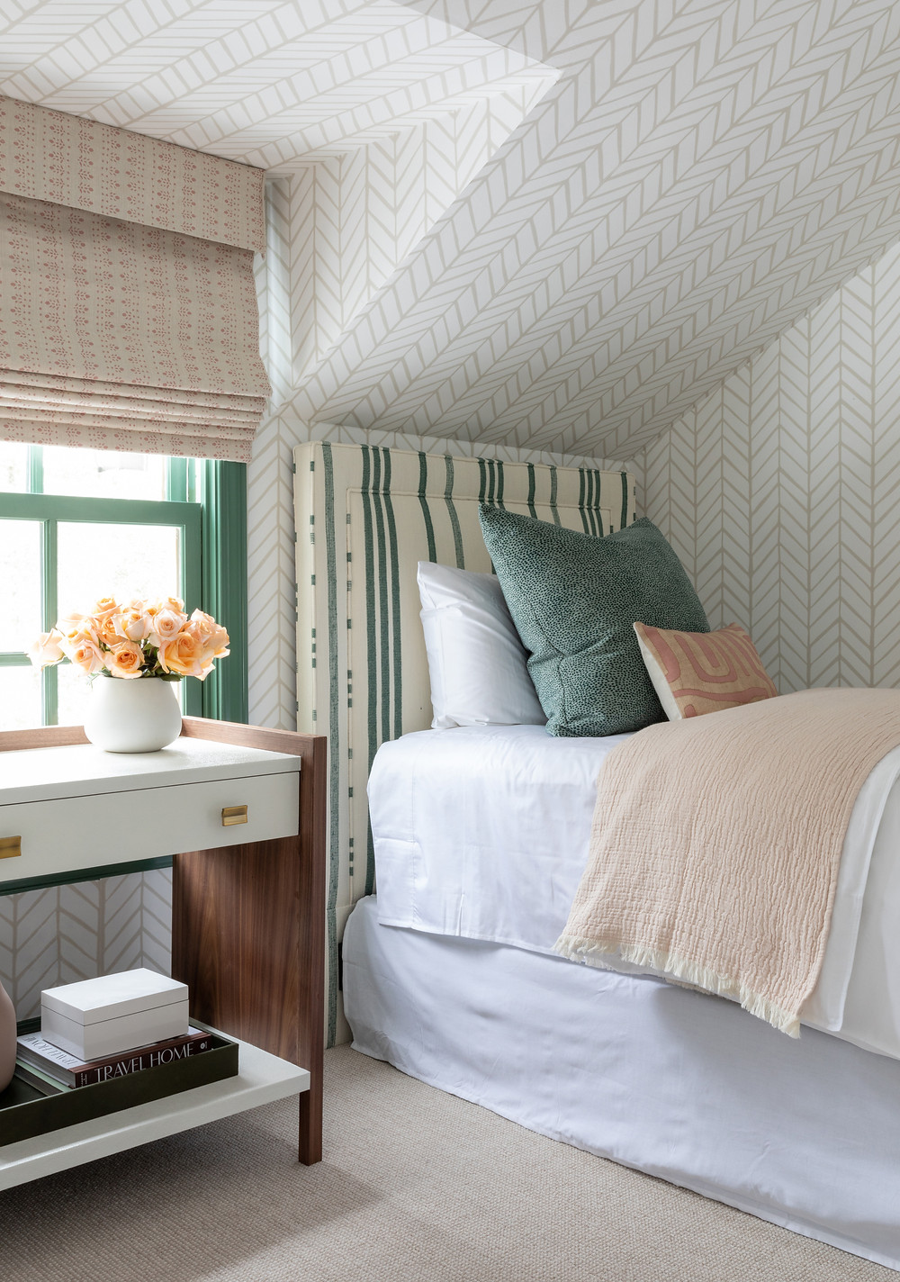 Guest room by Britt Design Studio at Project City Slickers