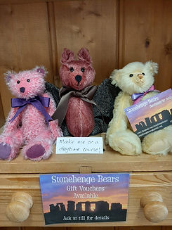 Stonehenge bears