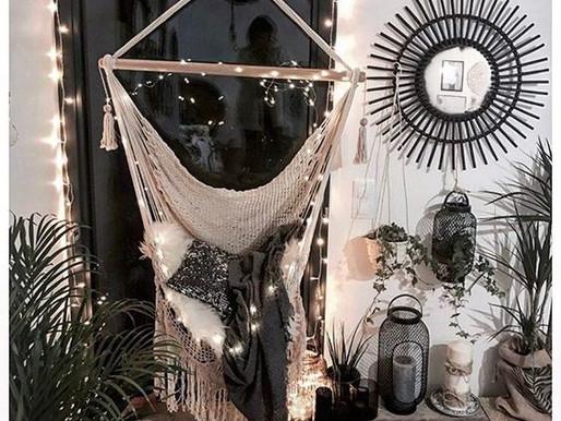 Zabujaj się w swoim mieszkaniu. Leniwy kącik, a w nim huśtawka, hamak i brazylijski fotel