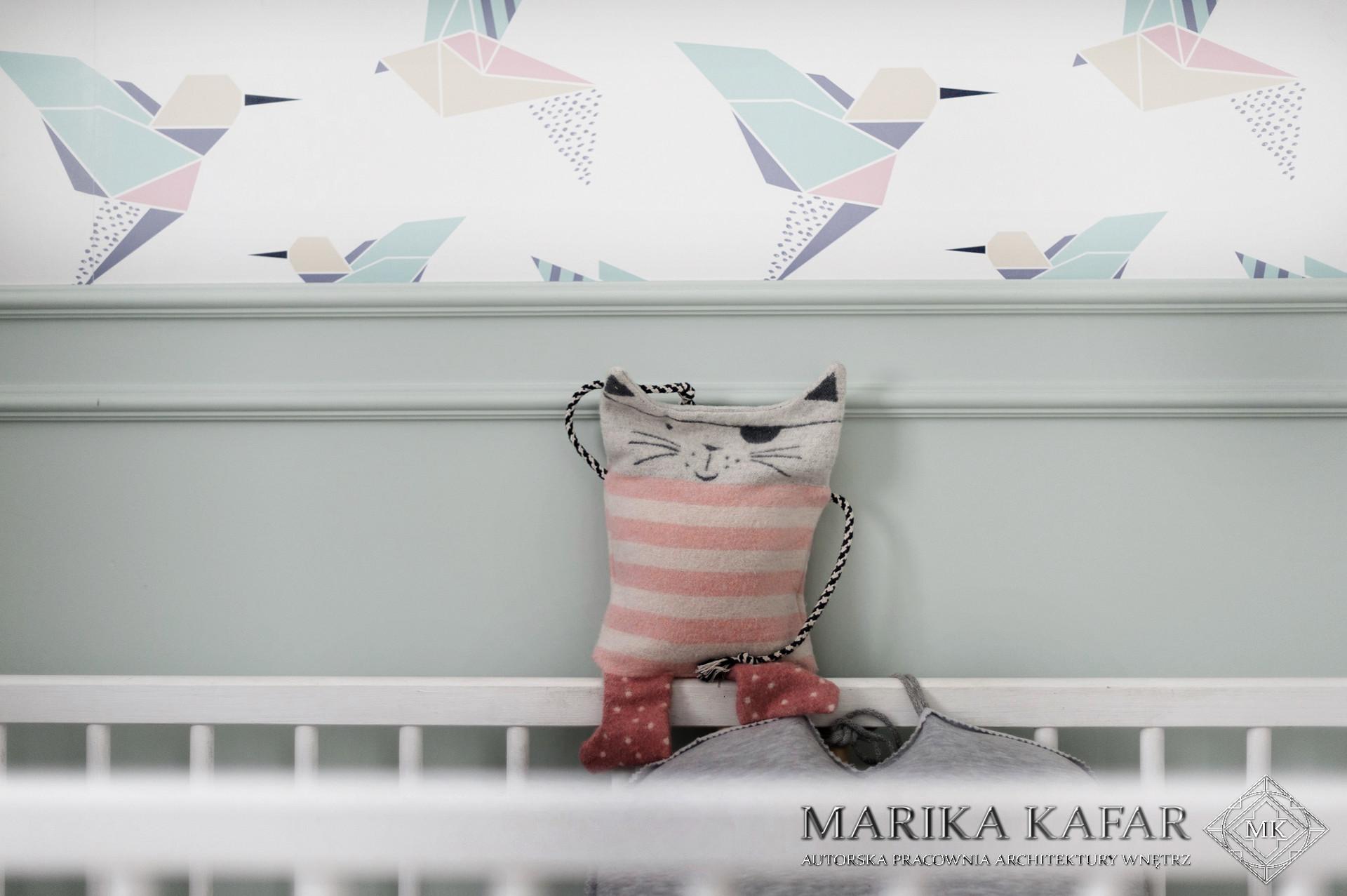 Marika Kafar. Pokój dziecięcy w pastelowej kolorystyce.