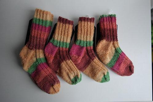 gebreide sokken geel/oranje/groen/roze/rood