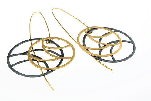 Oxidized / Gold Round Earrings