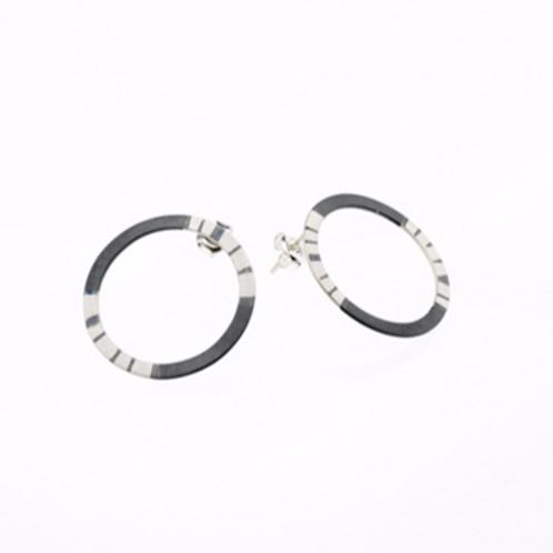 Oxidized / Silver Hoop Earring