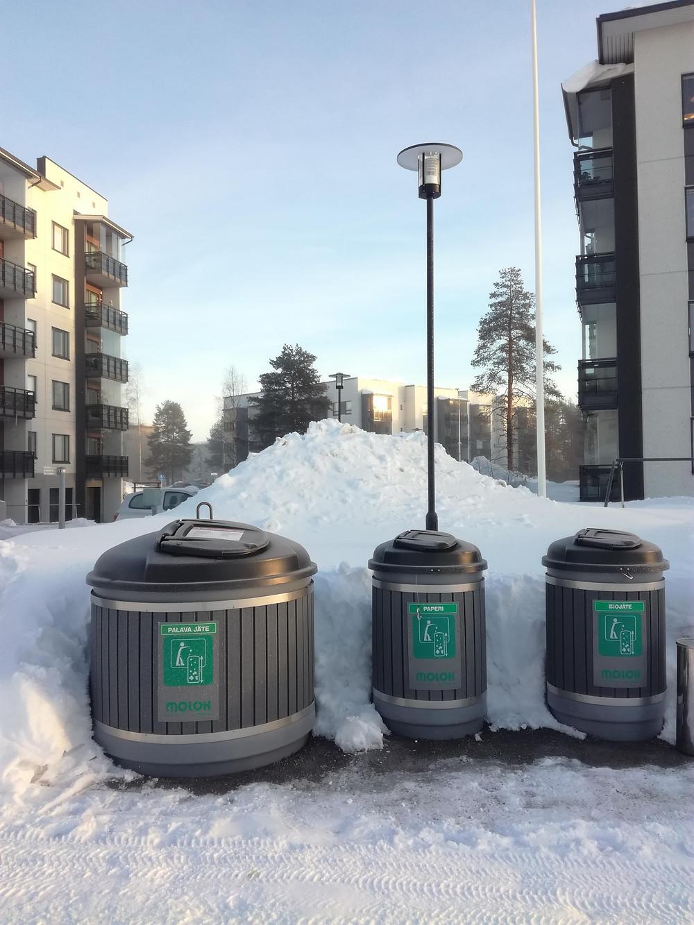 Uuden taloyhtiön roska-astiat