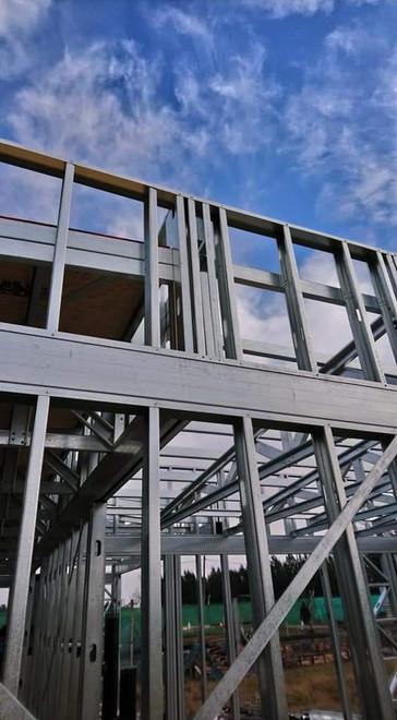 25 newyorkbuilder jorge gaona steel  fra