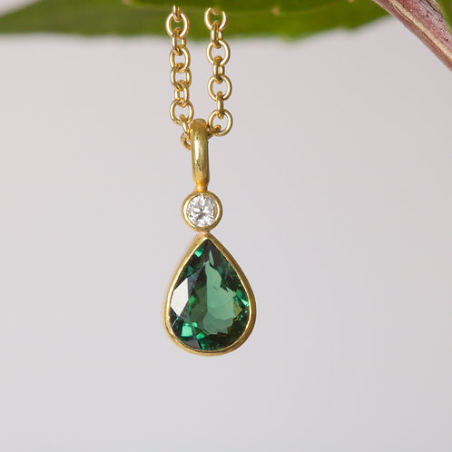 Green Tourmaline Pendant (05920)