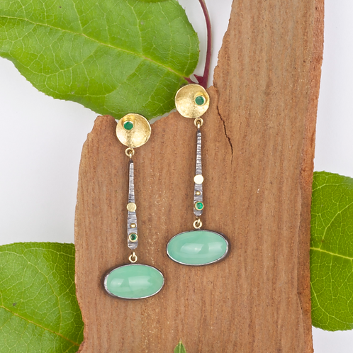 Chrysoprase and Emerald Earrings (04107)
