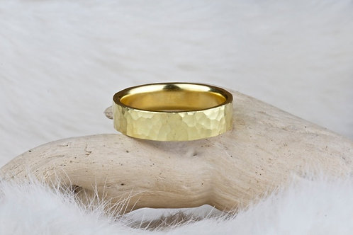 Hammered Gold Ring (02903)