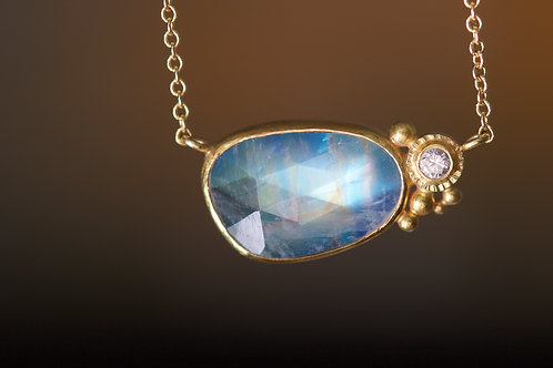 Moonstone Necklace (06192)