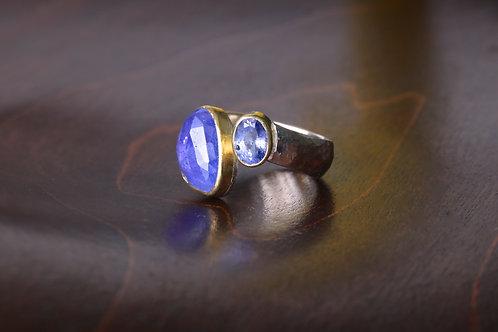 Tanzanite and Sapphire Ring (06916)
