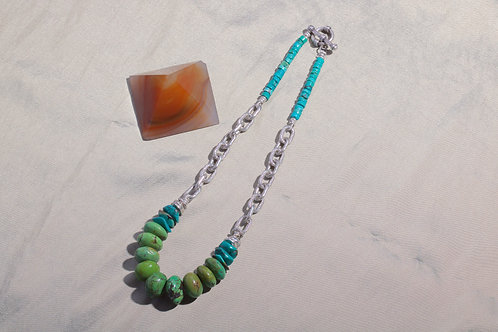 Turquoise and Chain Link Beaded Necklace (05839)
