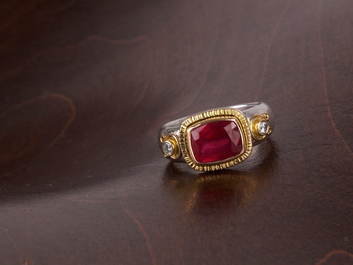 Ruby and Diamond Ring (05520)