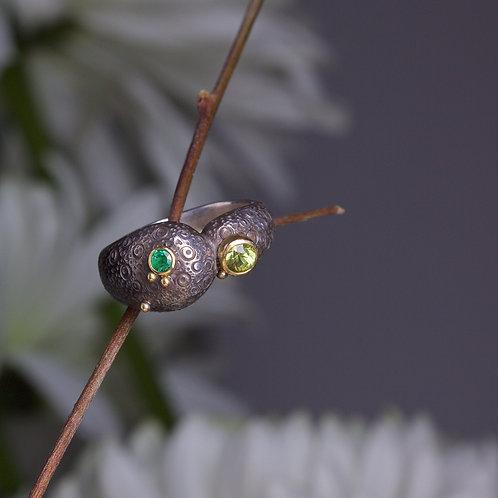 Emerald and Peridot Ring (05902)