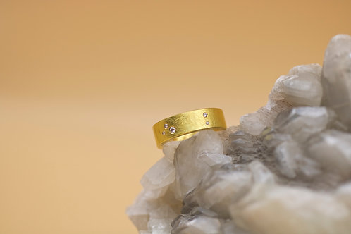 Floating Diamond Wedding Band (06626)
