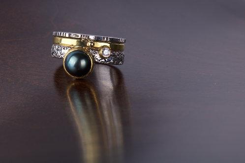 Tahitian Pearl and Diamond Ring (05165)
