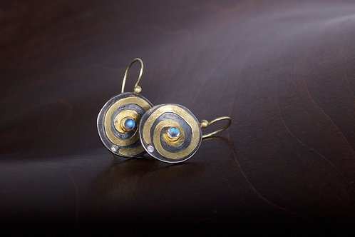 Moonstone and Spiral Earrings (05387)