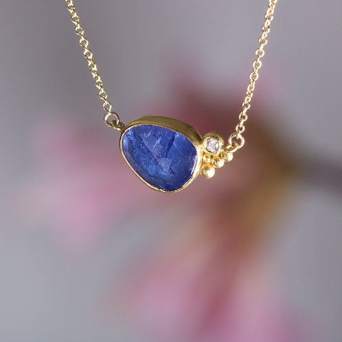 Tanzanite and Diamond Necklace (06016)
