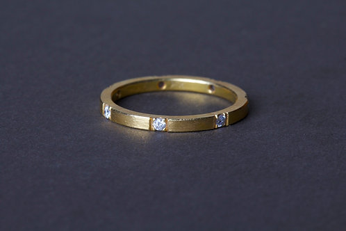 Brushed Gold Diamond Ring (03233)
