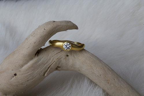 Gold Diamond Ring (0577)