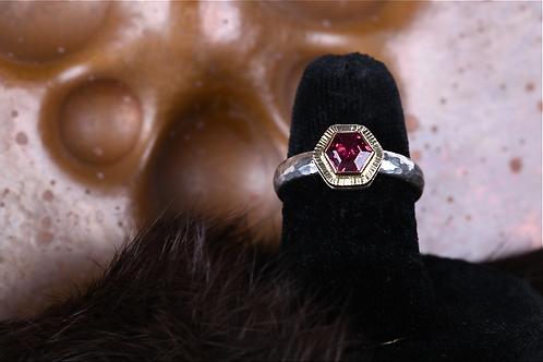 Garnet Ring (04526)