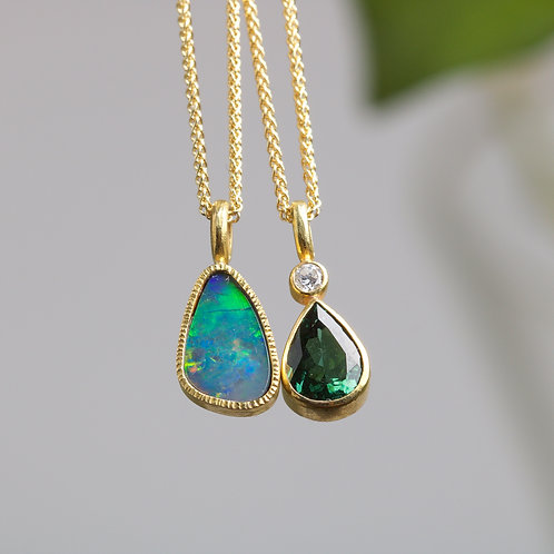 Opal and Gold Pendant (05923)