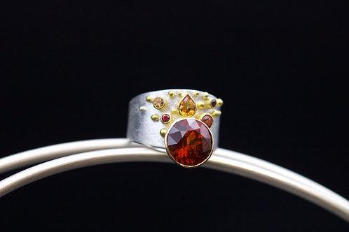 Mali Garnet Ring (06628)