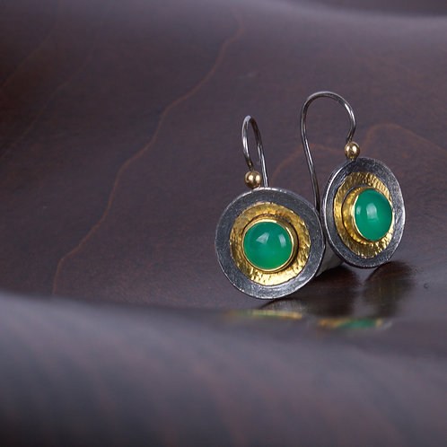 Chrysoprase and Oxidized Silver Earrings (05191)