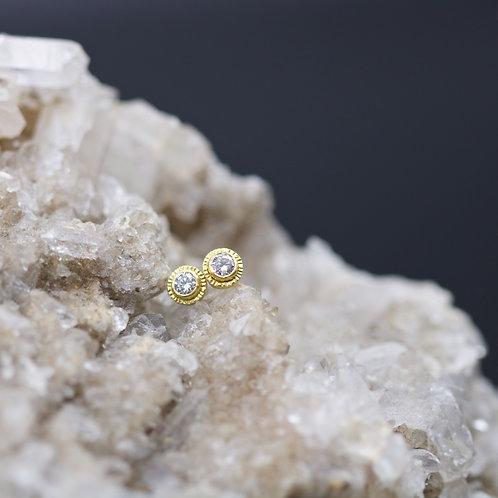 Diamond Stud Earrings (06686)