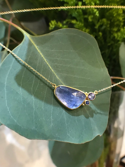 Blue Sapphire Necklace (04344)