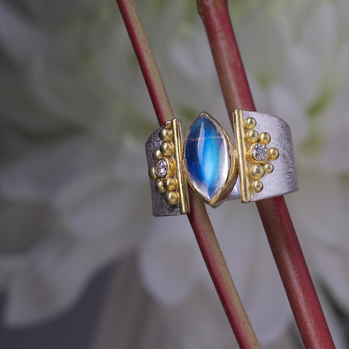 Moonstone and Diamond Ring (05879)
