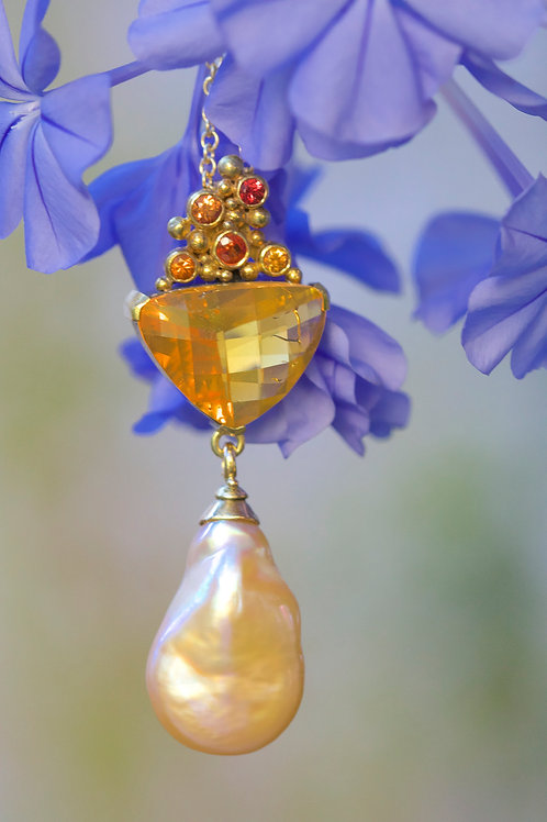 Mexican Opal and Pearl Pendant (05435)