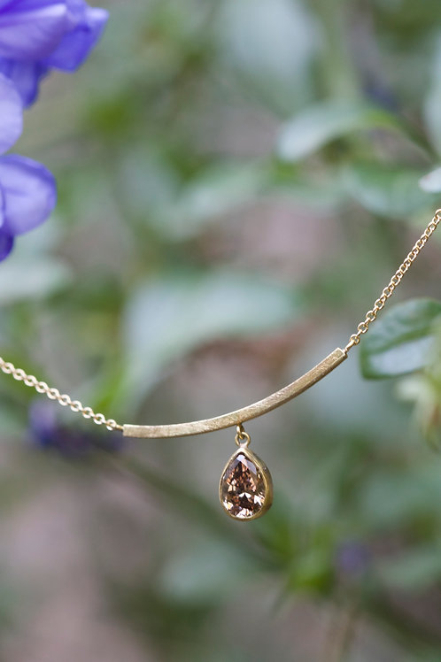 Champagne Drop Diamond Necklace (05501)