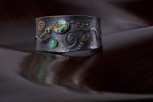 Labradorite Cuff Bracelet (05095)